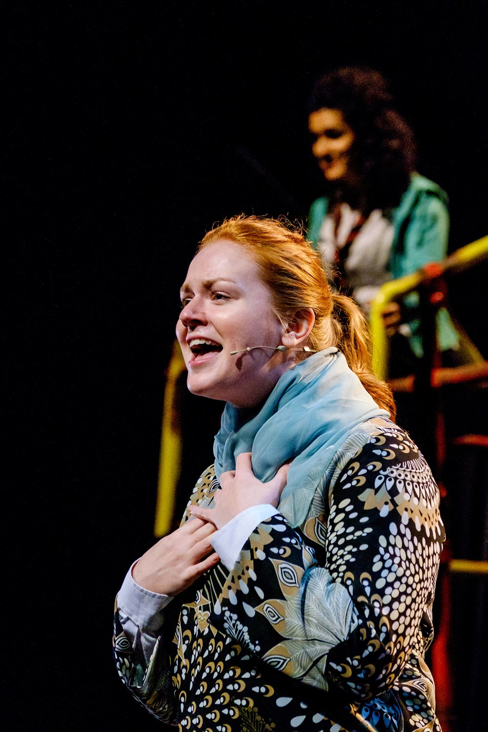 glasgow girls Wwwnationaltheatrescotlandcom wwwtwittercom/ntsonline conceived and directed by cora bissett book by david greig featuring original songs by cora bissett,.